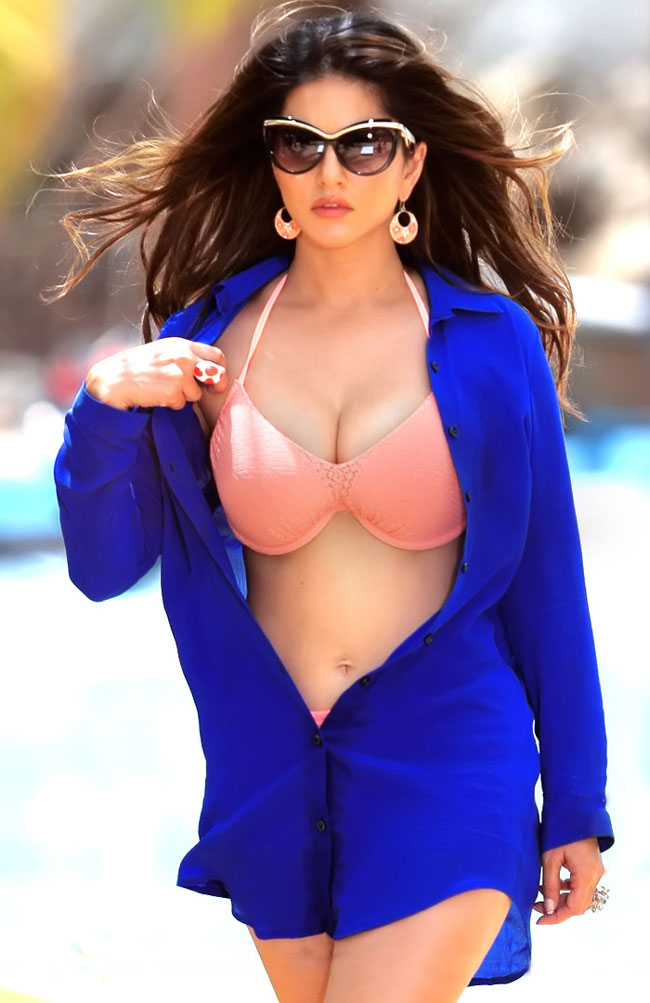 42 HD Photos of Sunny Leone you will Love 35