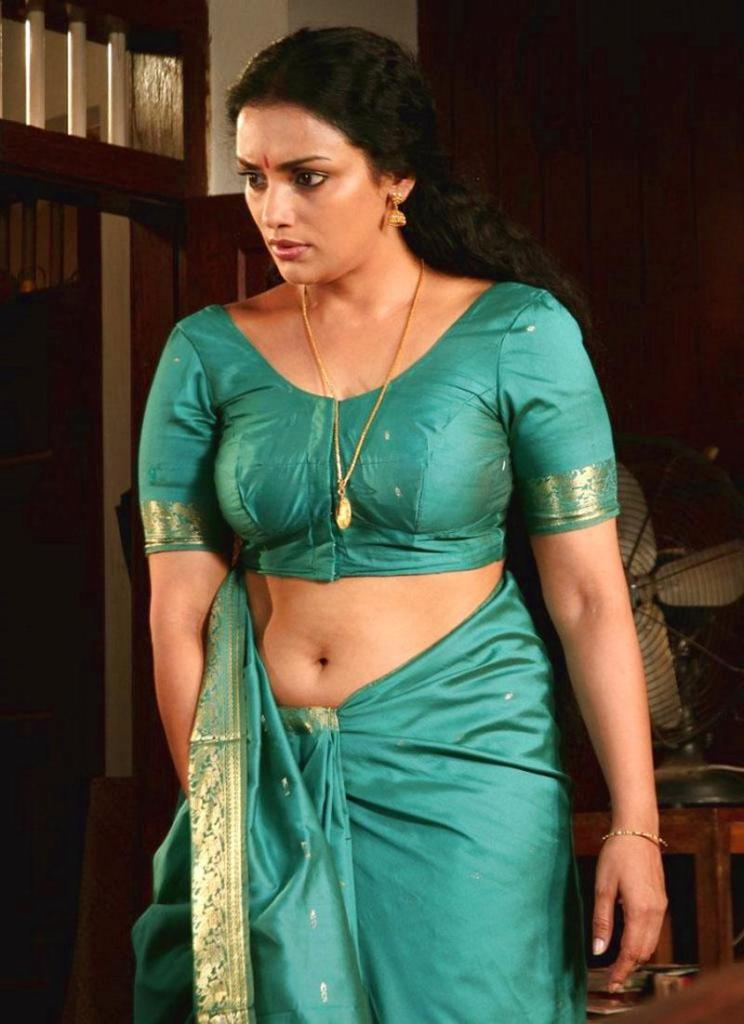 25+ Beautiful Photos of Swetha Menon 18