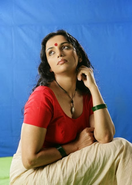 25+ Beautiful Photos of Swetha Menon 108