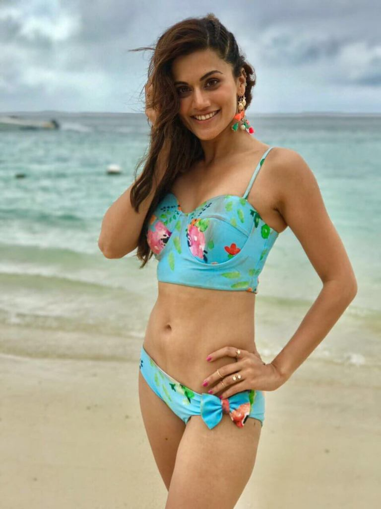 39+ Gorgeous Photos of Taapsee Pannu 17