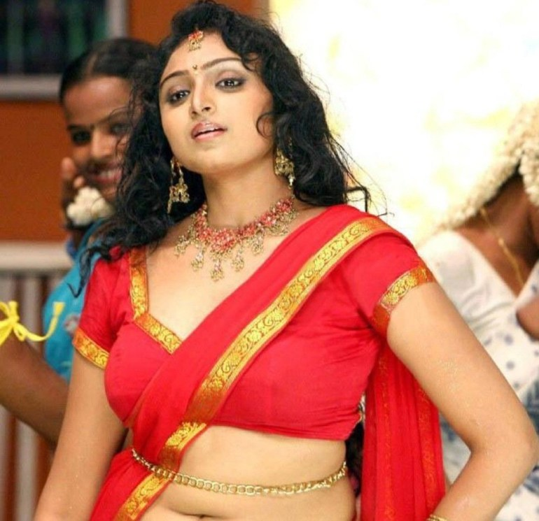 18+ Beautiful Photos of Waheeda 88