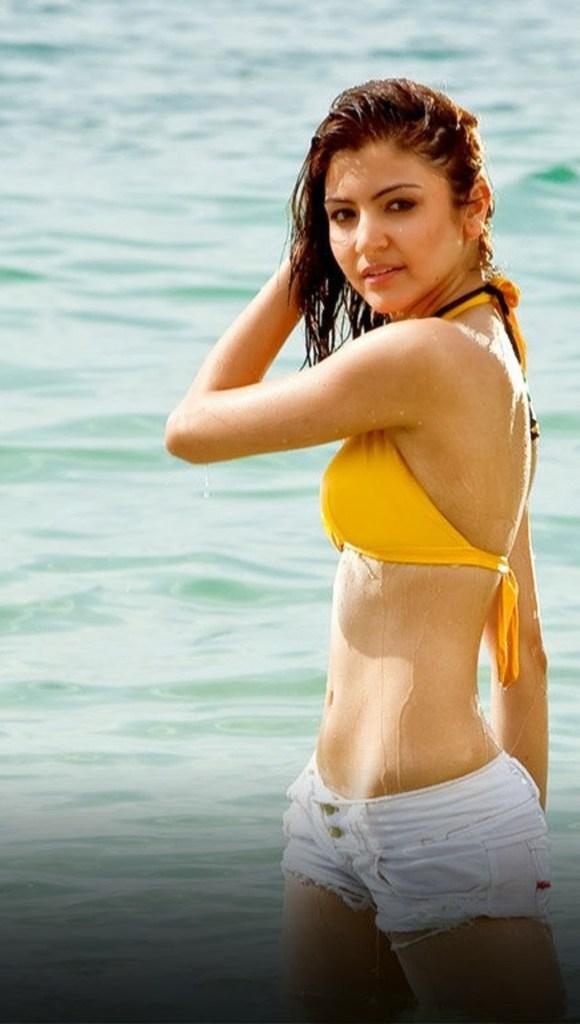 51 Beautiful Photos of Anushka Sharma 99