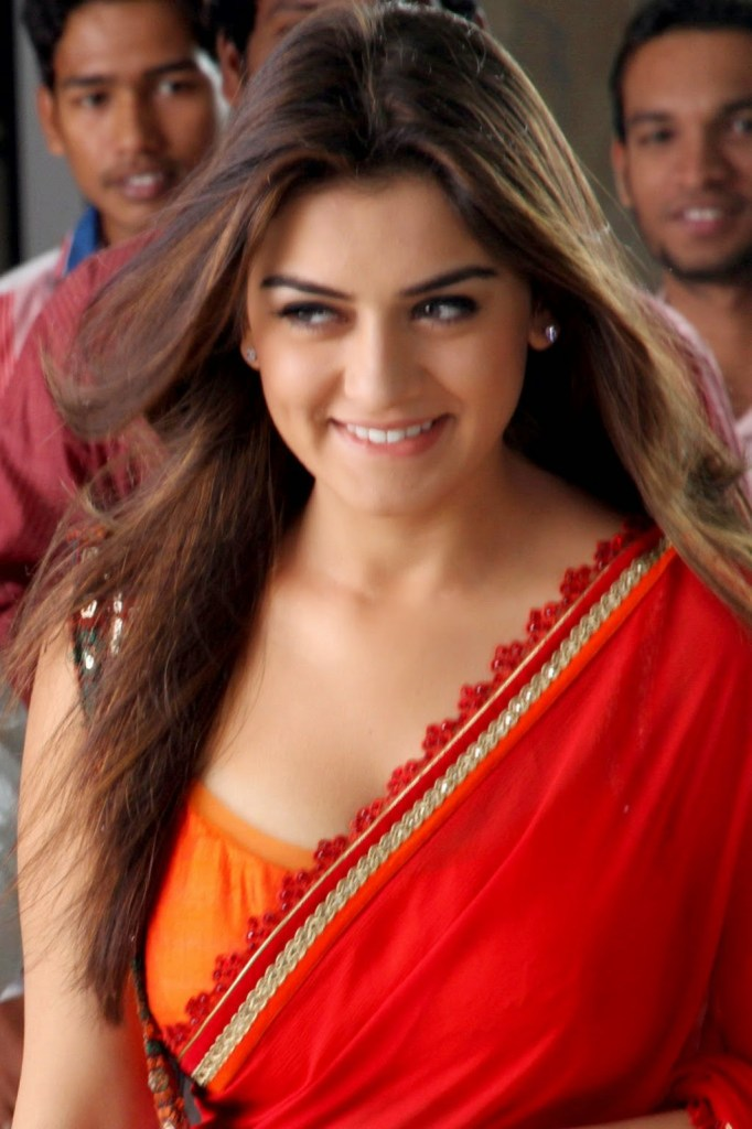 Check out these 33+ photos of Hansika Motwani 92
