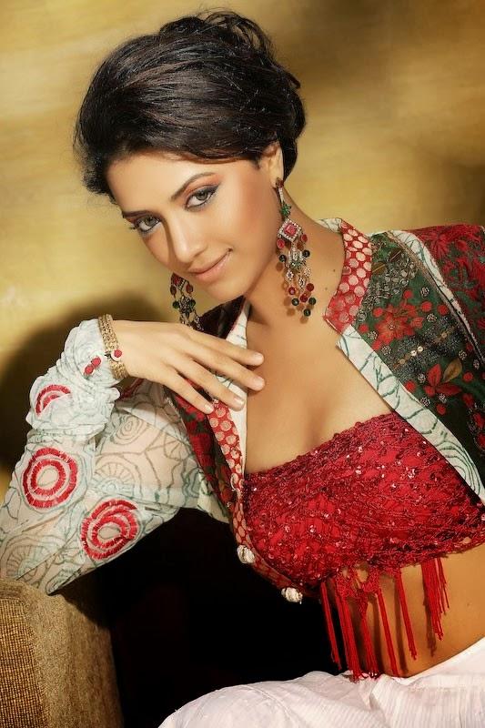 80+ Charming Photos of Mamtha Mohandas 36