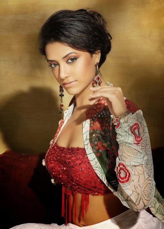 80+ Charming Photos of Mamtha Mohandas 39