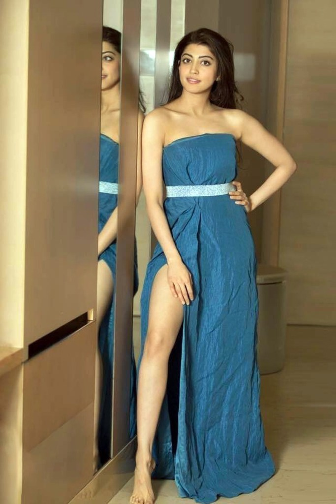 38+ Lovely Photos of Pranitha Subhash 109