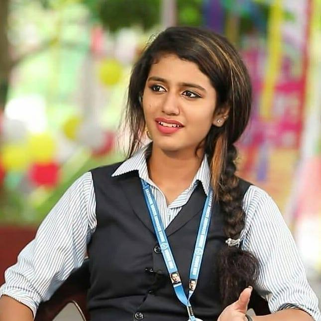108+ Cute Photos of Priya Prakash Varrier 21