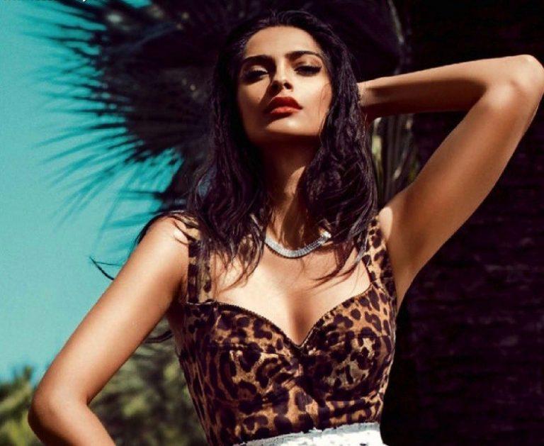 30+ Glamorous Photos of Sonam Kapoor 11