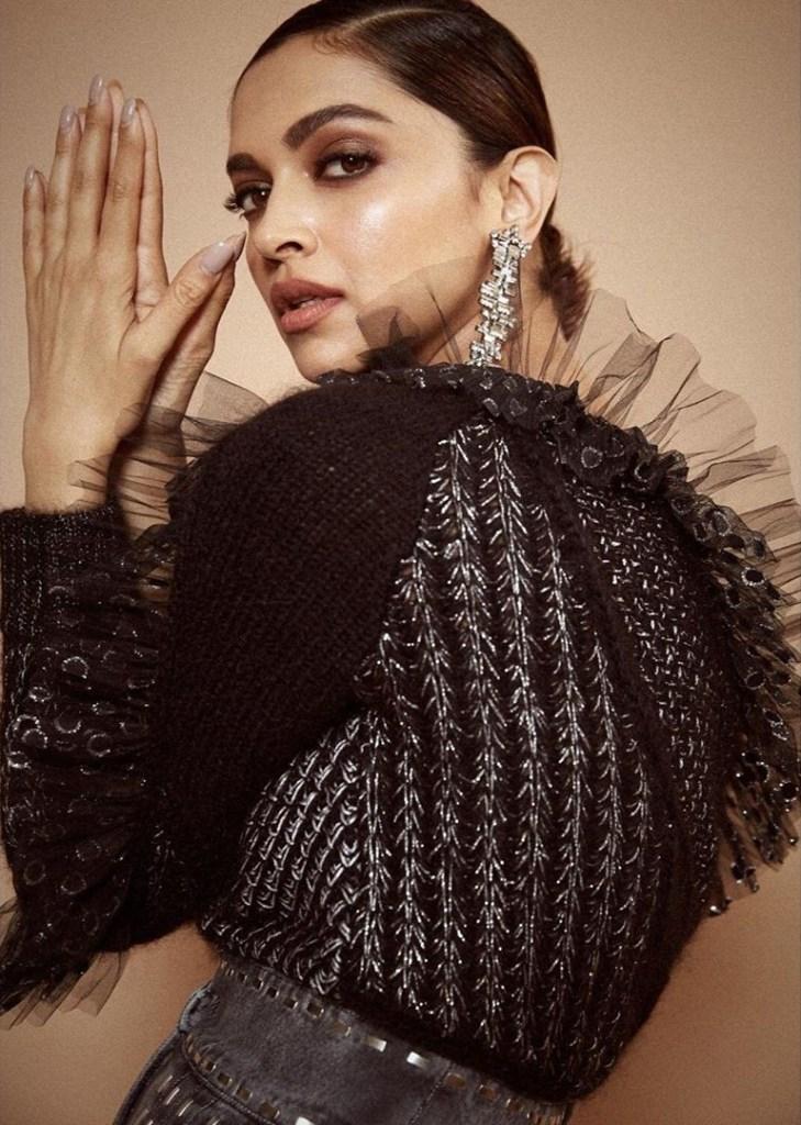 65+ Glamorous Photos of Deepika Padukone 29