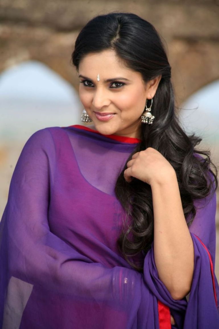 Gorgeous Photos of Divya Spandana 5