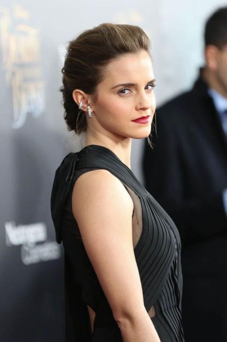 43+ Glamorous Photos of Emma Watson 7