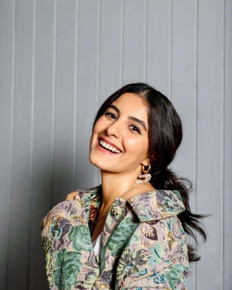 42+ Glamorous Photos of Isha Talwar 101