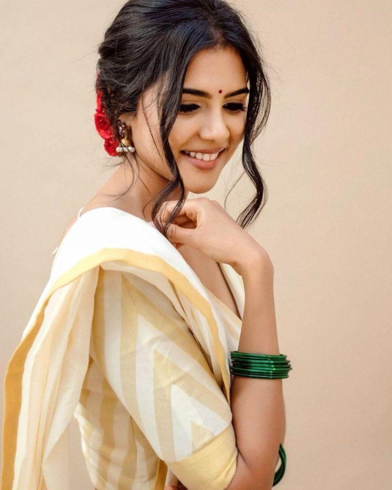 44+ Cute Photos of Kalyani Priyadarshan 36