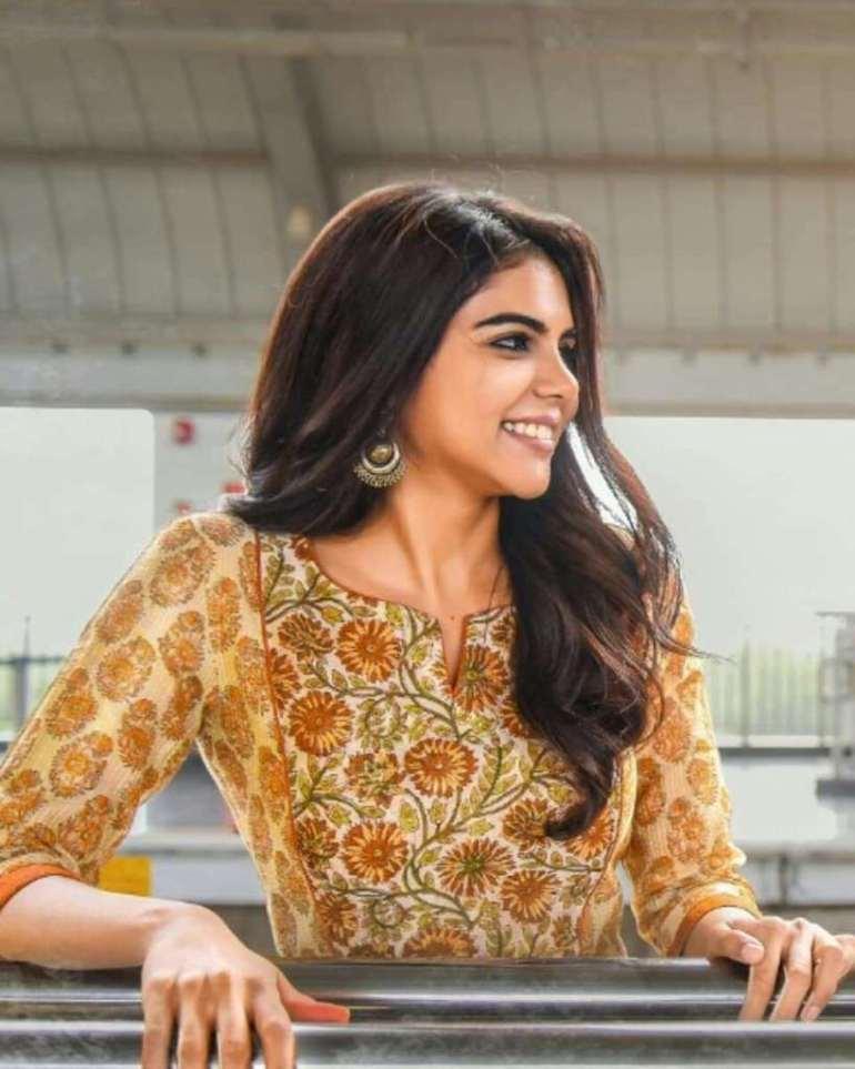 44+ Cute Photos of Kalyani Priyadarshan 44