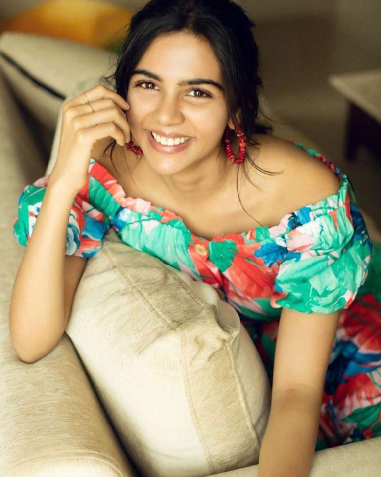44+ Cute Photos of Kalyani Priyadarshan 12