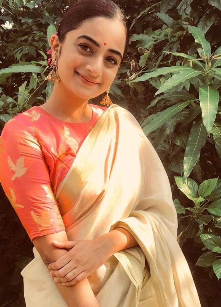 48+ Stunning Photos of Namitha Pramod 14