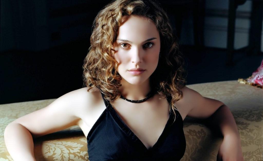 51+ Glamorous Photos of Natalie Portman 11