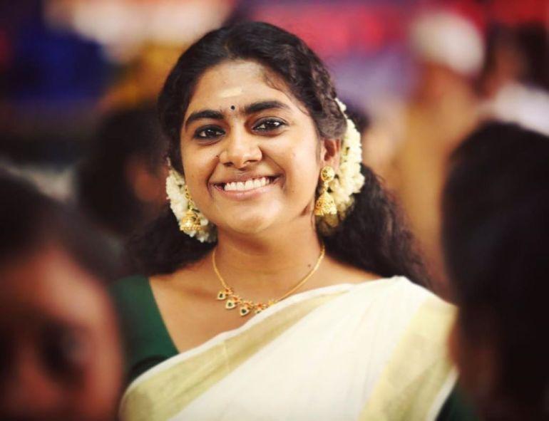 39+ Gorgeous Photos of Nimisha Sajayan 96