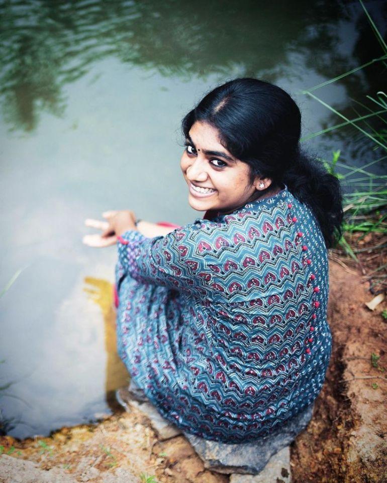 39+ Gorgeous Photos of Nimisha Sajayan 97