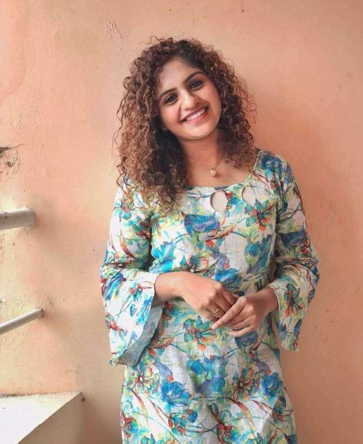 27+ Charming Photos of Noorin Shereef 28