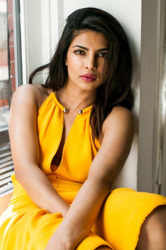 31+ Glamorous Photos of Priyanka Chopra 13