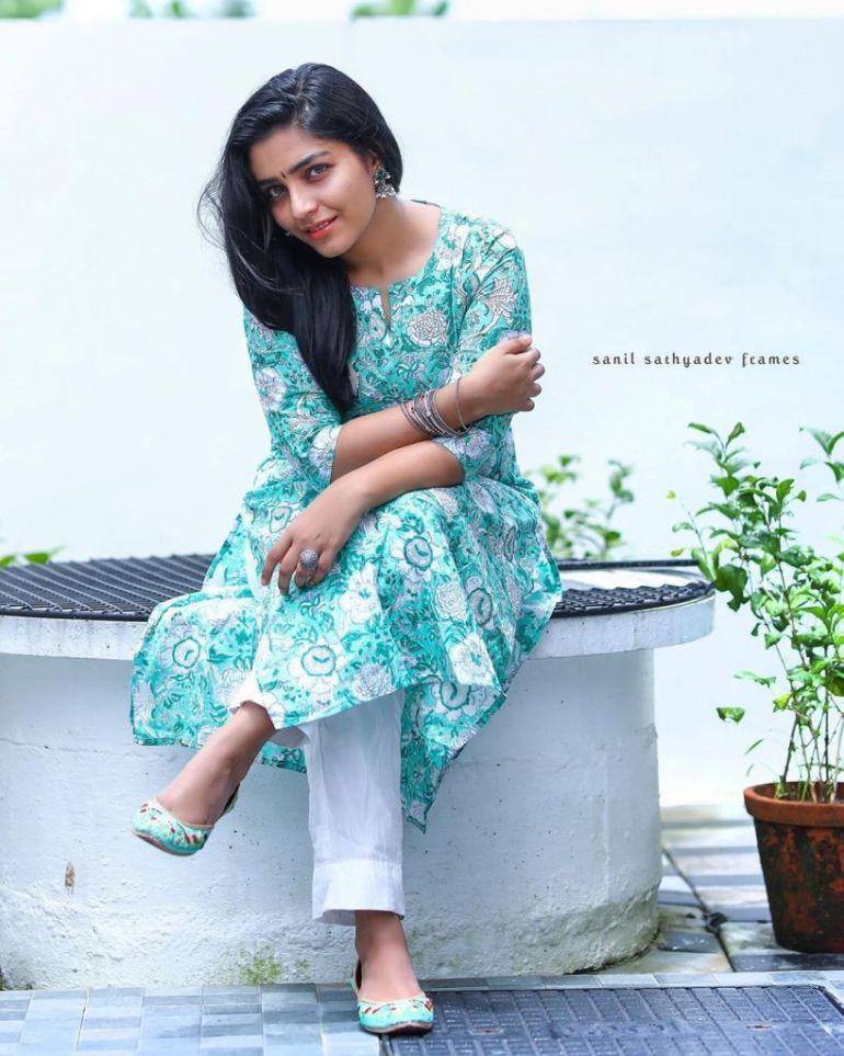 71+ Beautiful Photos of Rajisha Vijayan 43