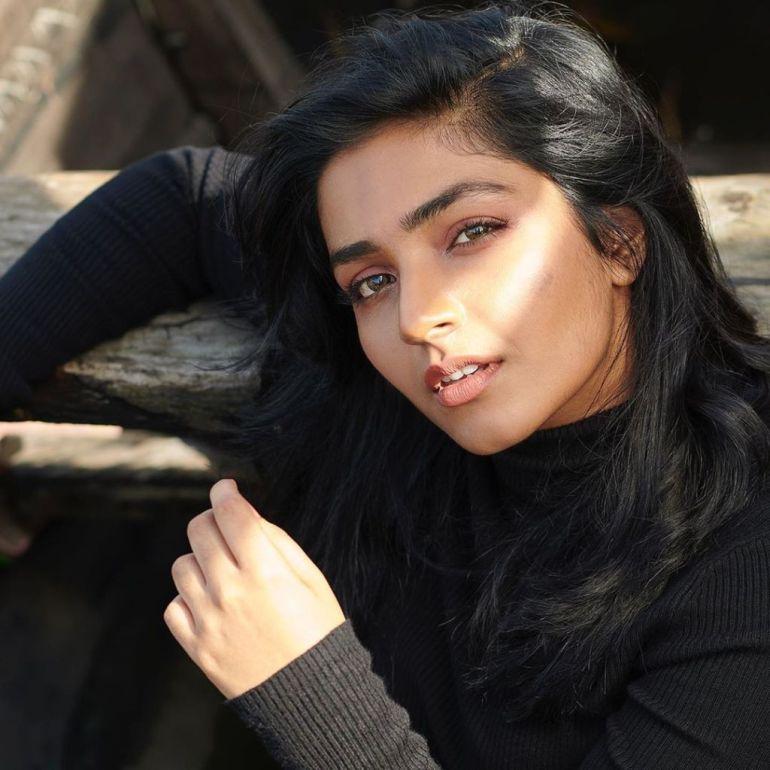 71+ Beautiful Photos of Rajisha Vijayan 6