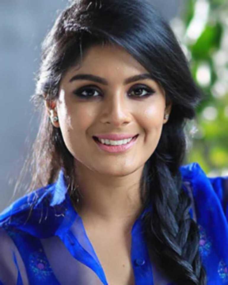 30+ Gorgeous Photos of Samyuktha Menon 88