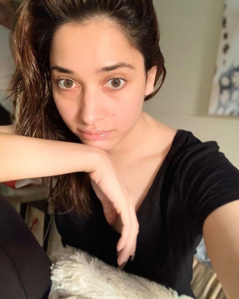 Tamanna Bhatia Wiki, Age, Biography, Movies, and Glamorous Photos 108
