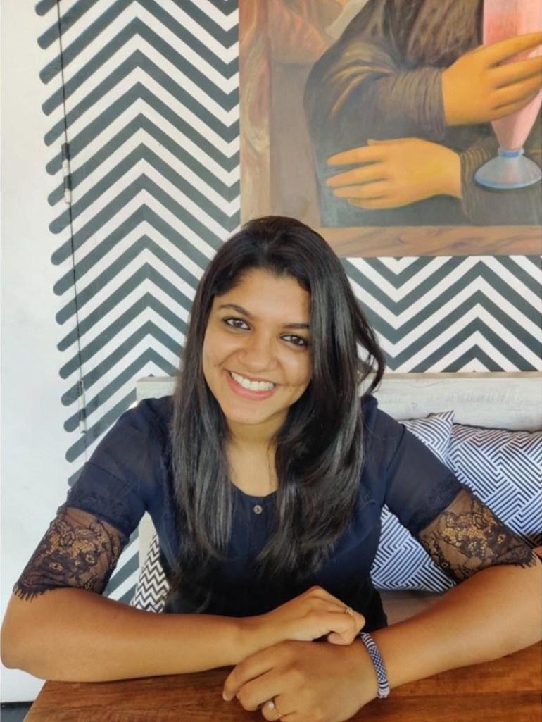 53+ Gorgeous Photos of Aparna Balamurali 21