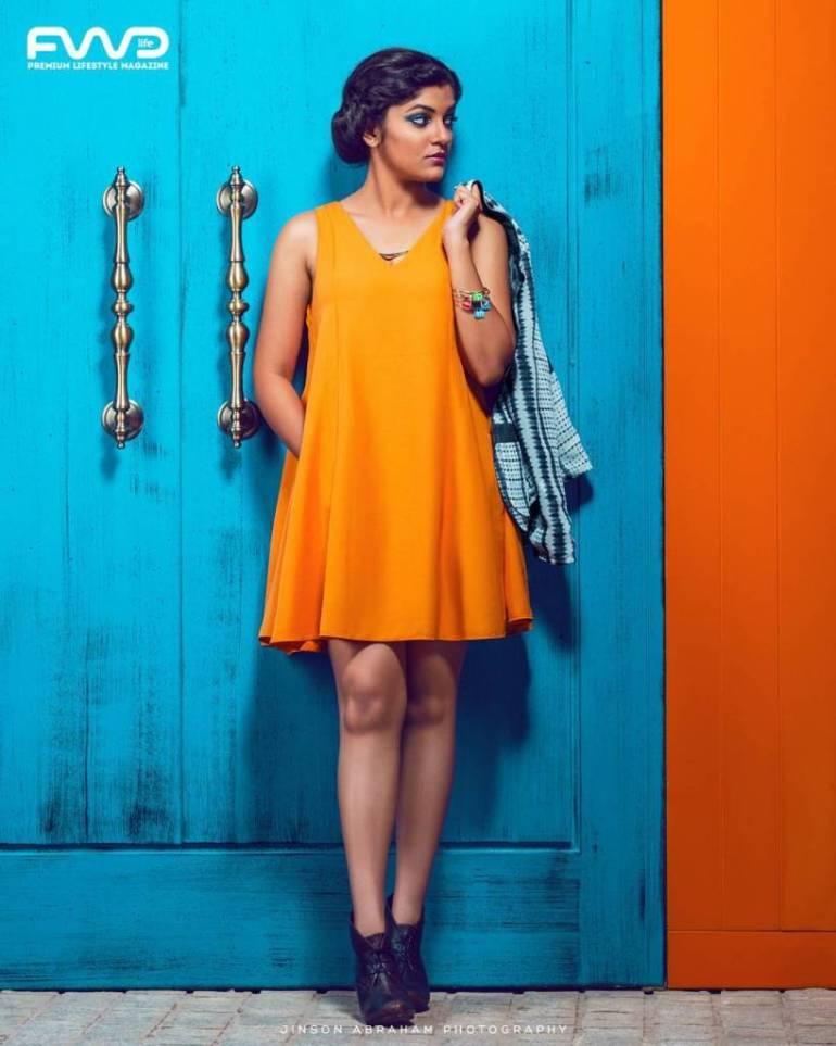 53+ Gorgeous Photos of Aparna Balamurali 29