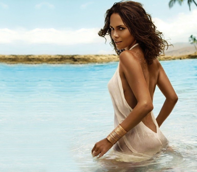 59+ Charming Photos of Halle Berry 95