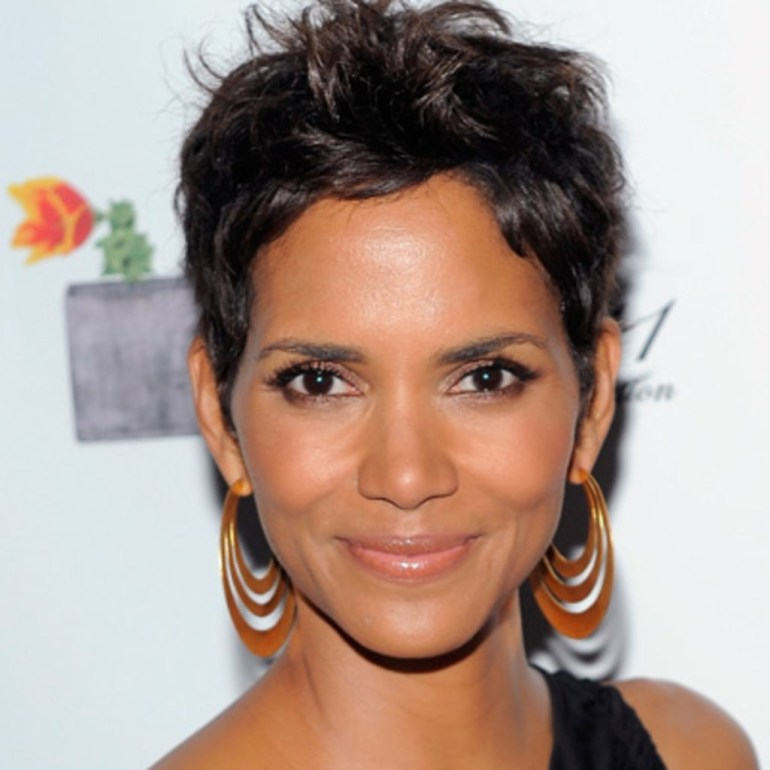 59+ Charming Photos of Halle Berry 131