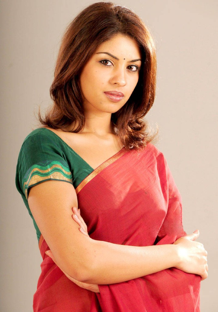 Stunning Photos of Richa Gangopadhyay 93