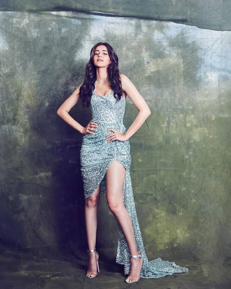 51+ Glamorous Photos of Ananya Panday 38