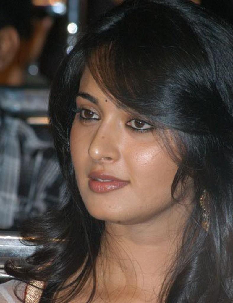 126+ Stunning HD Photos of Anushka Shetty 26