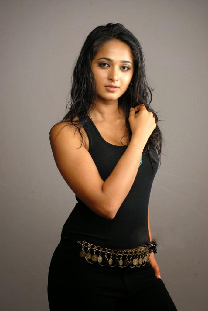 Anushka Shetty Wiki, Biography, Movies, and 126+ Stunning Photos 125