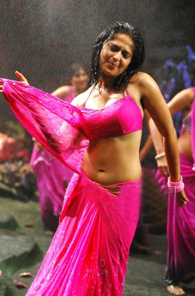 126+ Stunning HD Photos of Anushka Shetty 55