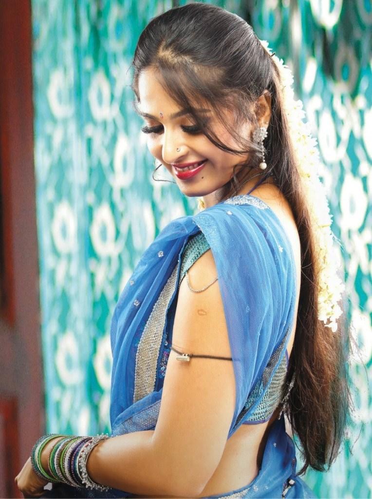 126+ Stunning HD Photos of Anushka Shetty 75