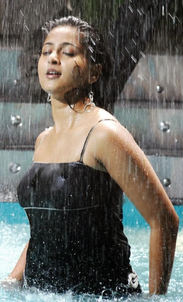 126+ Stunning HD Photos of Anushka Shetty 81