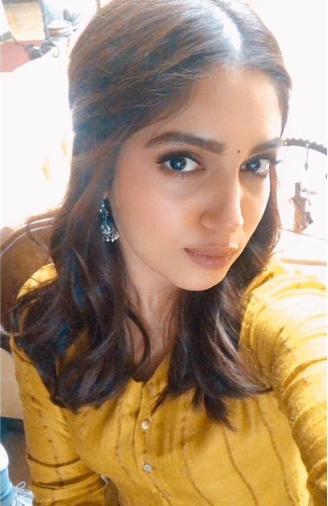 36+ Gorgeous Photos of Bhumi Pednekar 28