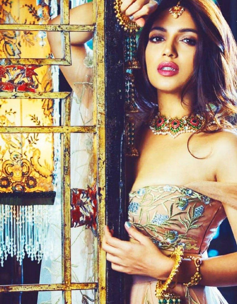 36+ Gorgeous Photos of Bhumi Pednekar 7