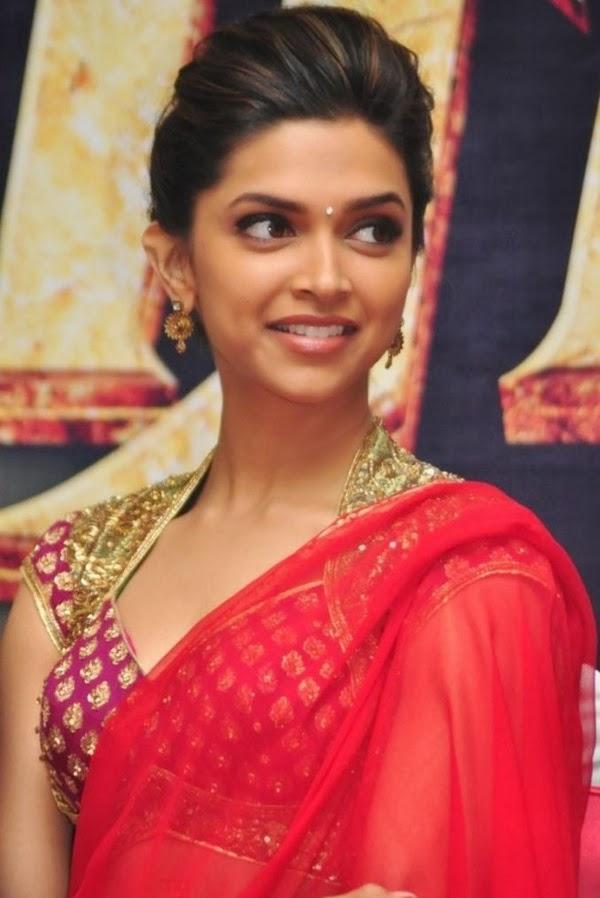65+ Glamorous Photos of Deepika Padukone 44
