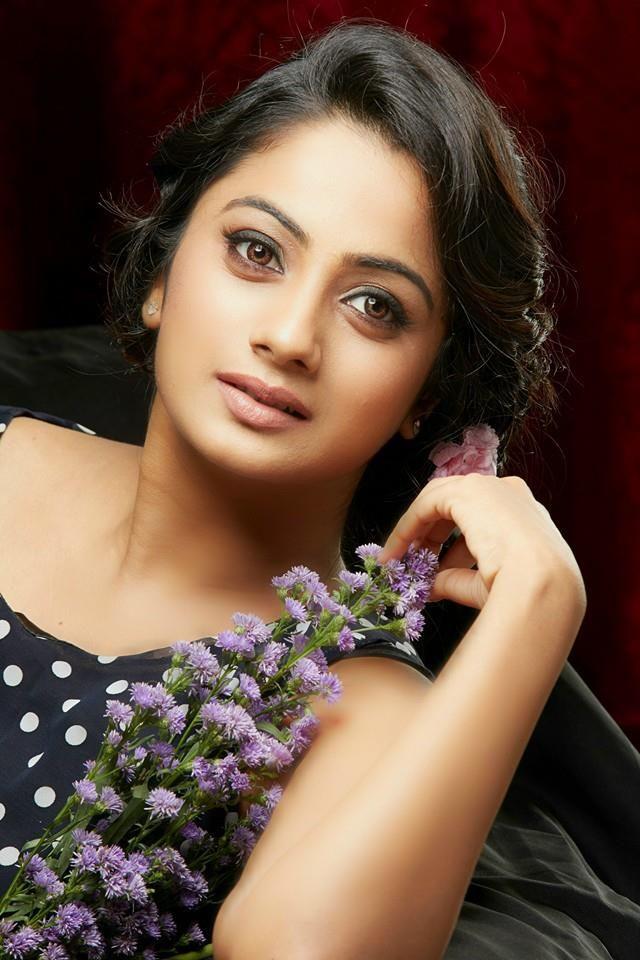 48+ Stunning Photos of Namitha Pramod 26