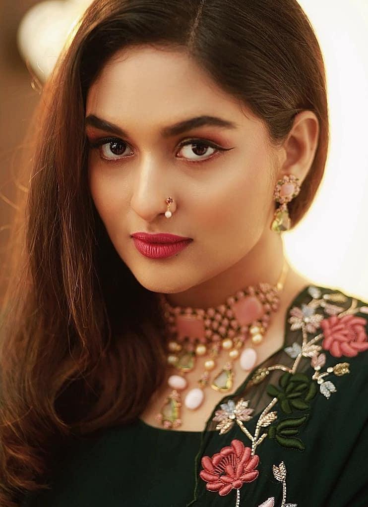 51+ Stunning Photos of Prayaga Martin 22
