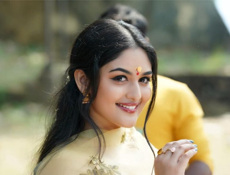 51+ Stunning Photos of Prayaga Martin 37