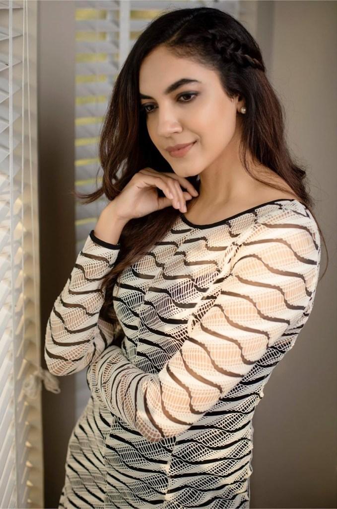 33+ Gorgeous Photos of Ritu Varma 21