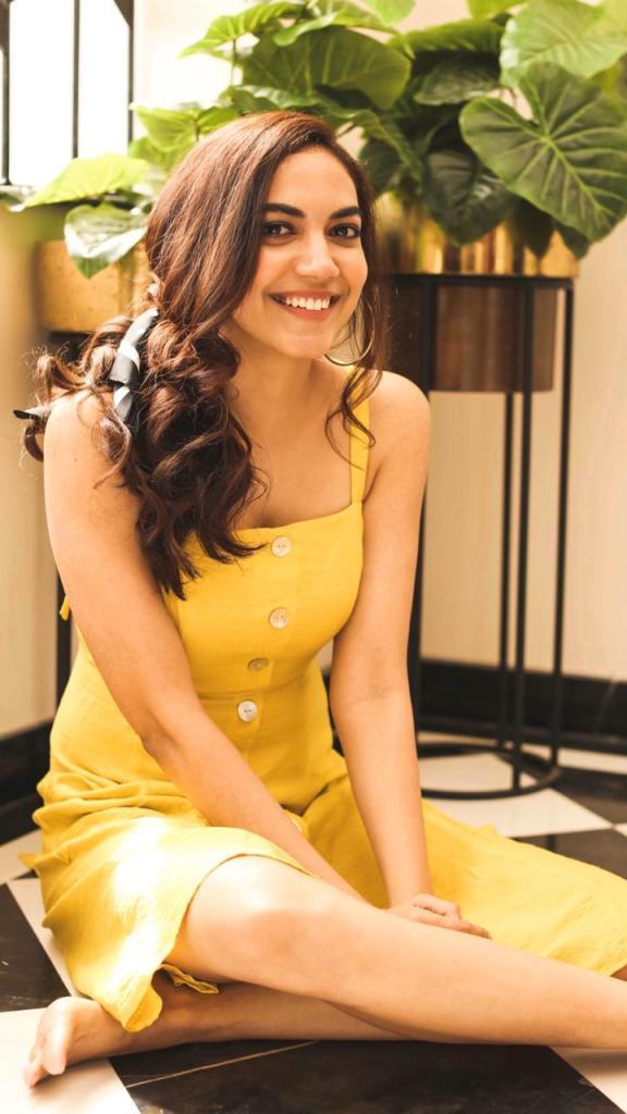33+ Gorgeous Photos of Ritu Varma 26