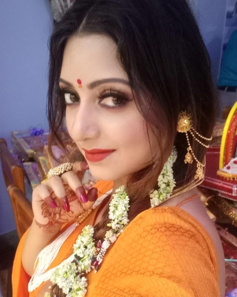 Rupsa Saha Chowdhury 42+ Glamorous Photos, Wiki, Age, Biography, Movies and, web series 61