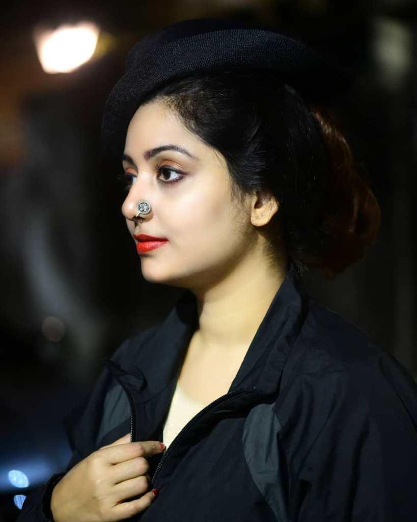 Rupsa Saha Chowdhury 42+ Glamorous Photos, Wiki, Age, Biography, Movies and, web series 66
